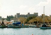 Rhodes, le port et le palais