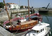 jolis bateaux au port
