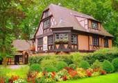 Un cottage fleuri en Angleterre