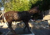 sculpture en fers à cheval