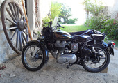 Side Royal Enfield