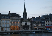 Puzzle La chapelle sur le port de Honfleur