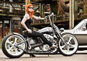 moto et mustang