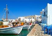Un petit port en Grèce