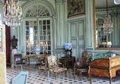 le vestibule du château de Champs