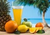 Un jus de fruits frais