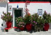 Façade fleurie en Grèce