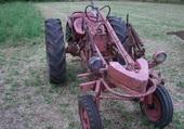 Trés ancien tracteur