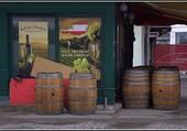 Chez le marchand de vin.