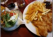 Scnitzel et salade