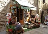 Boutique de souvenirs provençaux