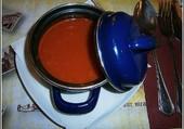 La soupe aux tomates.