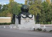 Monument à Aubagne (13)