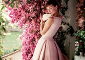 Cinéma - Audrey Hepburn (Robe rose)
