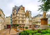 Place sainte croix à Angers