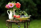 Présentation fruits et fleurs