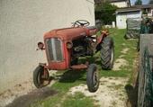 Tracteur pony 821D