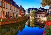Une vue des canaux de Strasbourg