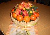 Puzzle Corbeille de fruits, fleurs et bonbons