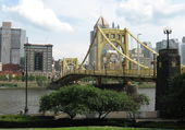 PONT ROBERTO CLEMENTE A PITTSBURGH