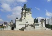 MONUMENT A L'INDEPENDANCE