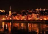Lyon Quai St Georges la nuit
