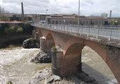 Pont à Arthes