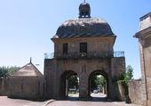 Porte des moulins