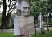 Monument Vietnam.4