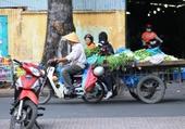 Vendeur de rue à Ho Chi Minh.5