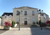 mairie de MONTSURS