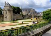 Puzzle Fête médiéval sous les remparts