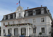 L'HOTEL DE VILLE DE CERNAY