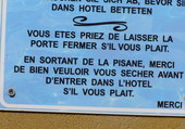 Panneau piscine hôtel à Malte