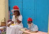 Les filles aux chapeaux fleuris