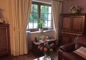 salon ridéaux et meubles