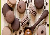 macarons chocolat caramel café