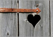 Coeur sur porte