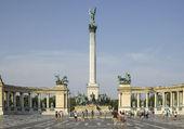 LE MONUMENT DU MILLENAIRE A BUDAPEST