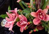 Milieu de table fleuri