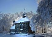 Puzzle Chapelle dans la neige