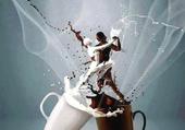 Un petit cafe au lait