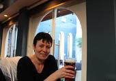 Maman au pub