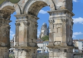 Arc de Triomphe, Cath St Pierre, Saintes
