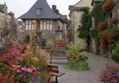 Une place de Rochefort en Terre