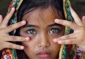 Puzzle des yeux d'enfant