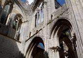 cathedrale en ruines