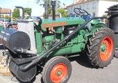 Ancien tracteur Renault bi carburant