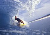 homme de surrf