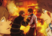 Makoto sauve Haru des flammes
